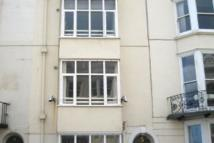 Flat to rent in Madeira Place, Brighton...