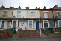 2 bedroom house to rent in CENTRAL WATFORD