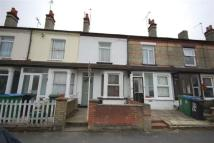 2 bed property to rent in CENTRAL WATFORD