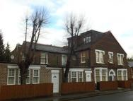 1 bedroom Flat to rent in CENTRAL WATFORD