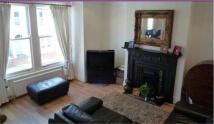2 bedroom Flat in Lucien Road, London, SW17