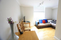 3 bedroom Flat to rent in Holland Road, London, W14