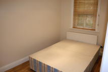 4 bedroom house to rent in Dornton Road, London...