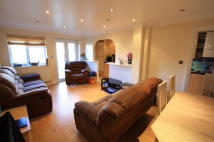 4 bedroom house in Dornton Road, London...