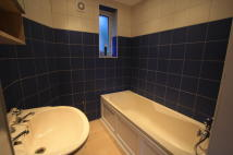 2 bedroom Flat to rent in Boxley Road, Morden, SM4