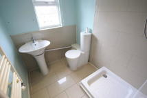 Flat in Lymington Close, London...