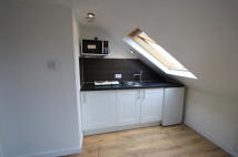 Lymington Close Flat to rent
