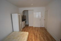 Studio flat in Mersham Road...