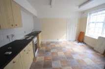 Flat in Bromley Road, Bromley...