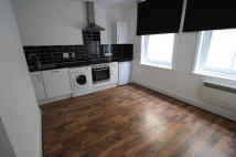 Flat to rent in Brighton Terrace, London...