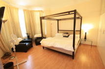 2 bed Flat in Ashley Gardens...