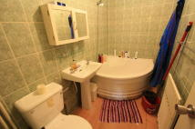 1 bed Flat to rent in Lordship Lane, London...
