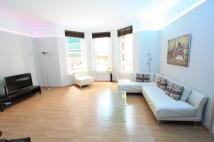 2 bed Ground Flat to rent in Ashley Gardens...