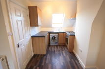 1 bed Flat to rent in Ledbury Road, Croydon...
