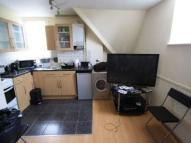 Flat to rent in London Road, London, SW16
