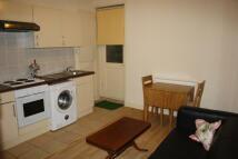 1 bedroom Flat in New Kings Road, London...