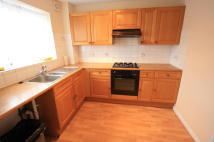 2 bed Flat in Gloucester Road, Croydon...