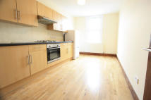 2 bedroom Flat to rent in North End Road, London...