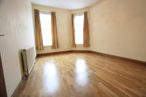 1 bed Flat to rent in North End Road, London...