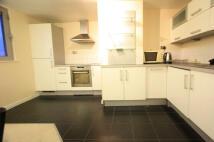 2 bedroom Flat in Stanley Road, Sutton...