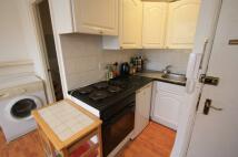 Studio flat to rent in Penywern Road, London...