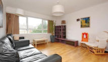 Waynflete Street Flat to rent