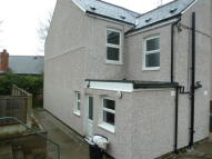 2 bedroom semi detached house in Brynford Street...