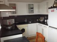 3 bed Flat to rent in Bromley High Street...
