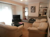 2 bed End of Terrace house to rent in Sidney Street, London, E1