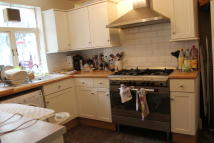 4 bedroom Terraced property to rent in Poole Road, London, E9
