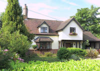 4 bed Detached house for sale in White Horse Road...