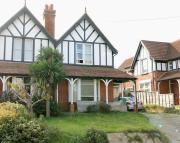 4 bed semi detached property in Totland Bay...