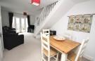 Cottage Lounge/Di...