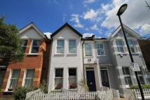 4 bedroom property to rent in Second Avenue, Mortlake...
