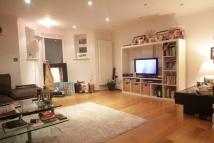 Flat to rent in Cromwell Avenue Highgate...
