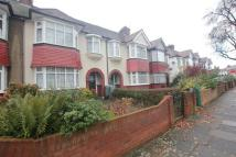3 bed property to rent in Alan Drive Barnet