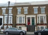 Flat to rent in Kilburn Park Road...