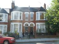 2 bed Flat to rent in Gladys Road...