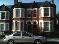 Flat to rent in Gladys Road...