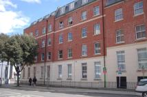 Flat to rent in Flagstaff Court...
