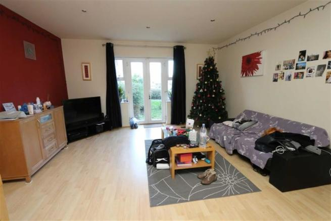1 Bedroom Flat To Rent In Battery Road West Thamesmead