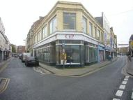 Shop to rent in Meadow Street...