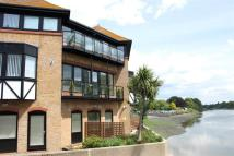 13 Bridge Wharf Road Apartment to rent