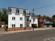 2 bed Apartment in Lower Road, Chorleywood...