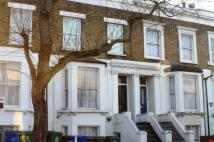 Apartment to rent in Lyndhurst Way, Peckham...