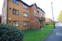 Flat to rent in Inwen Court, Depford, SE8
