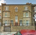 Studio flat to rent in Grenville Road...
