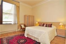 1 bedroom Flat in Sutton Court Road...