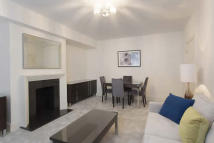 1 bed Flat to rent in Richmond Court...