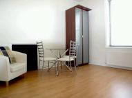 1 bed Flat to rent in Castelnau, Barnes...